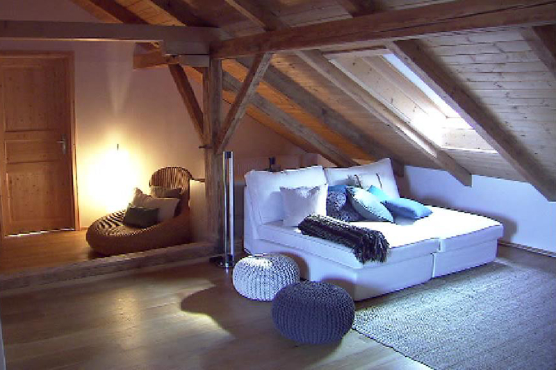Als Wohnraum umgebauter Dachboden
