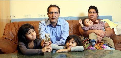Nazif Mujic mit Familie