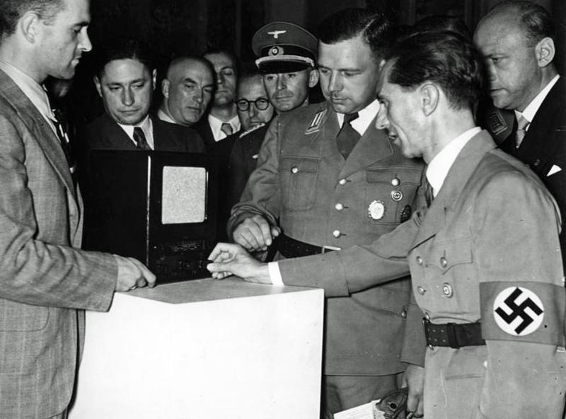 Goebbels Volksempfänger