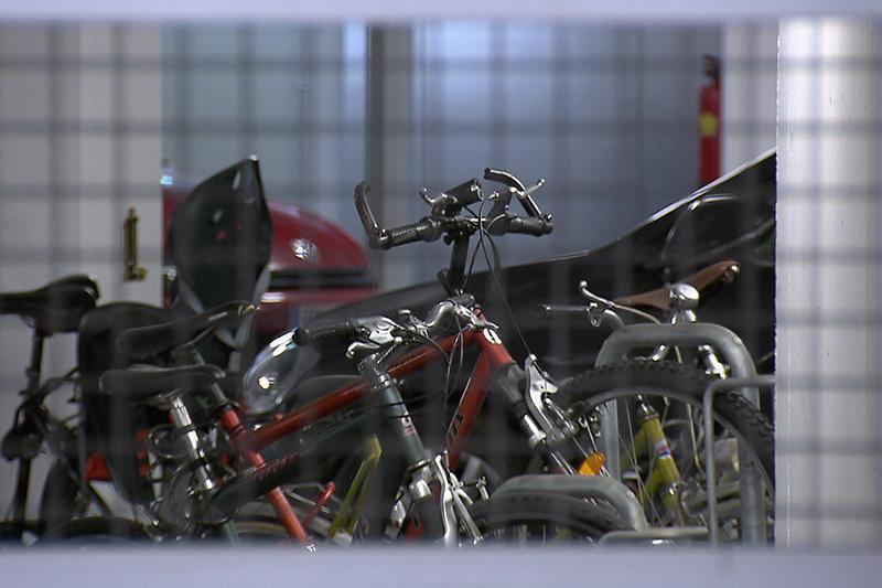 Fahrräder, Keller, Schlösser, Wohnanlage