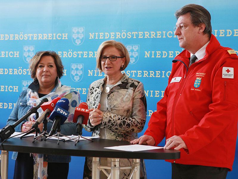 Rotes Kreuz Pressekonferenz