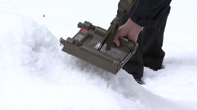 Übung radioaktiver Schnee Polizei Strahlenschutz