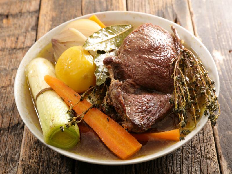 gekochtes Fleisch, Suppengemüse