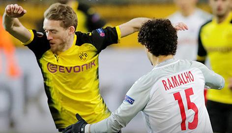 Salzburg siegt in Dortmund