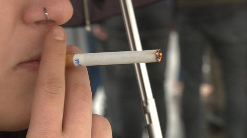 Rauchen vor Schule