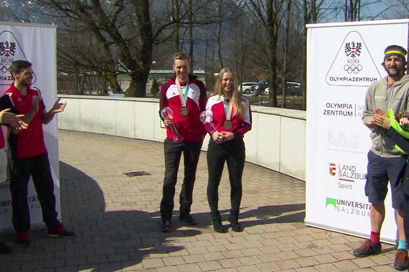 Carina und Julian Edlinger beim Empfang im Olympiazentrum Rif in Salzburg