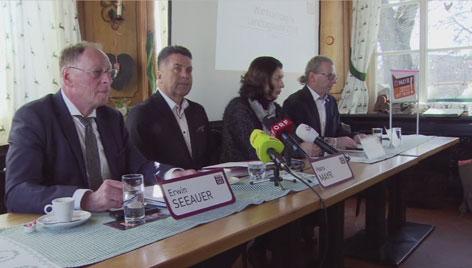 Hans Mayr und Team SBG beim Wahlkampfauftakt