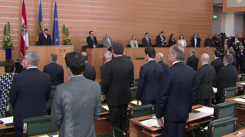 Landtagssitzung Totale Beginn