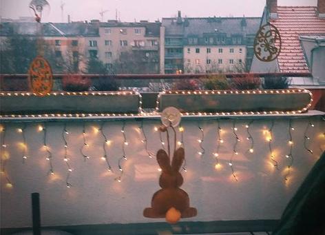 Weihnachtsbeleuchtung zu Ostern