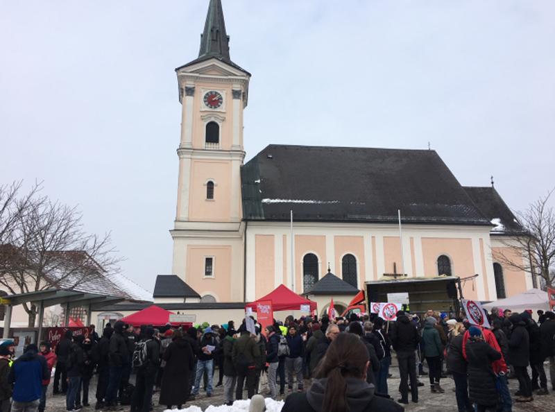 """Protestkundgebung Aistersheim """"Bündnis Linz gegen Rechts"""""""