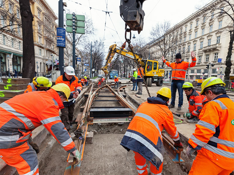 Gleisbauarbeiten Kreuzung Ring-Akademiestraße 26.März 2016