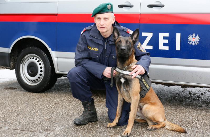 Schaffelhofer Alfred und Polizeihund Jack