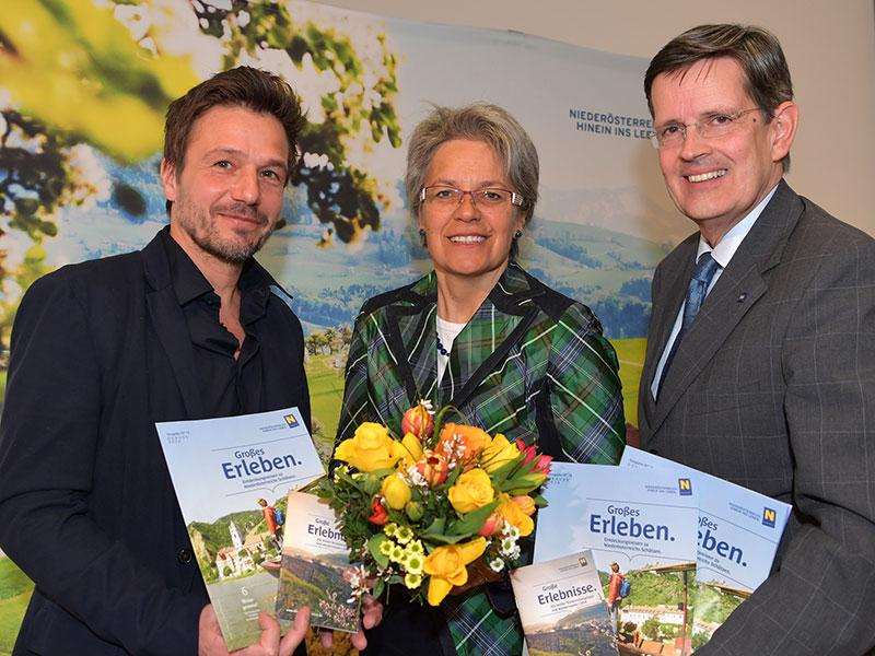 Klaus Grabler, Geschäftsführer des durchführenden Marktforschungsinstituts MANOVA, Landesrätin Petra Bohuslav und Niederösterreich-Werbung Geschäftsführer Christoph Madl (v.l.n.r.)