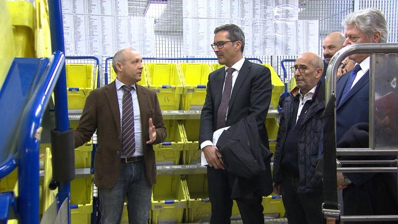 Landeshauptmann Kompatscher und andere Politiker bei der Eröffnung (SVP-Abgeordneter Renzler, Bürgermeister von Bozen Caramaschi)