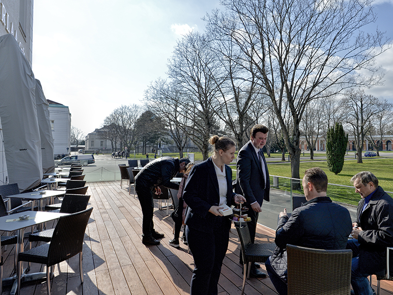 Eröffnung des Cafes Oberlaa am Wiener Zentralfriedhof