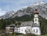 Kirche und Kloster Gnadenwald