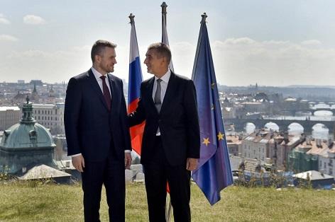 Babiš a Pellegrini   Český a slovenský premiér vedle sebe