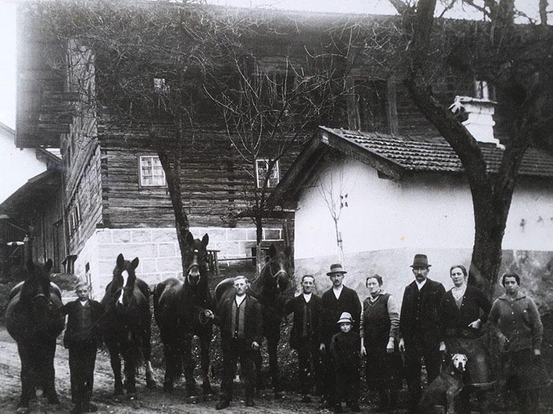 """Der """"Brunnbauerhof"""" in Andorf im Jahr 1929."""