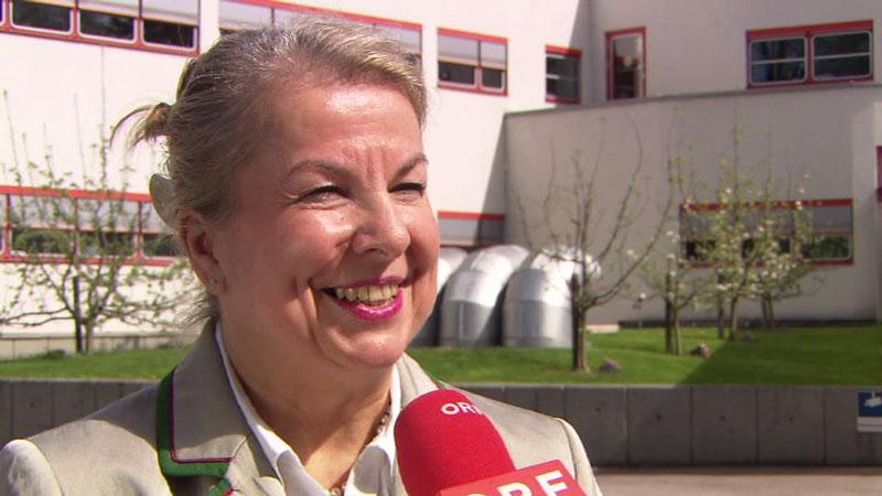 Beate Hartinger-Klein, Sozialministerin, FPÖ