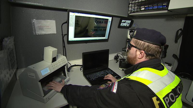 Drohnen Polizei Einsatz Prüfung