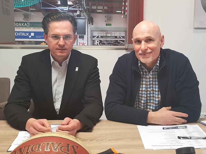 Bürgermeister Stefan Schmuckenschlager und Wolfgang Ziegler