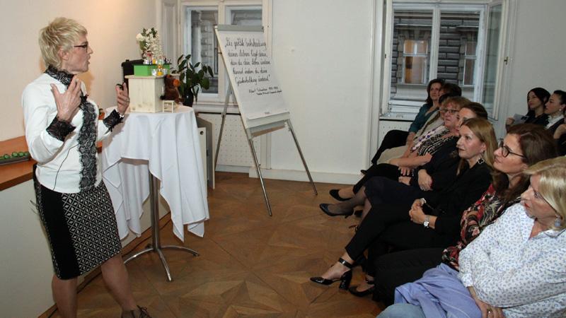 Sastanak za umrižavanje poslovnih žen Hrvatska gospodarska agencija HGA Doris Kastrovsky-Leithner