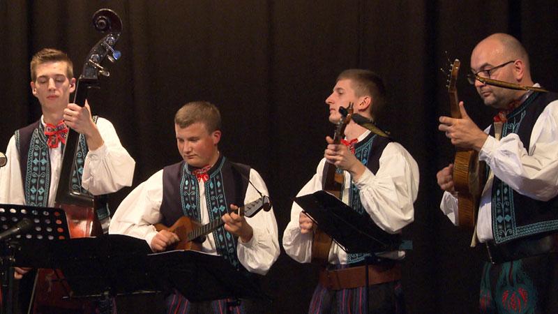 20 ljet folklorno društvo Črip