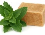 Stevia Blätter und Zucker