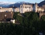 Festung Hohensalzburg im Morgenlicht