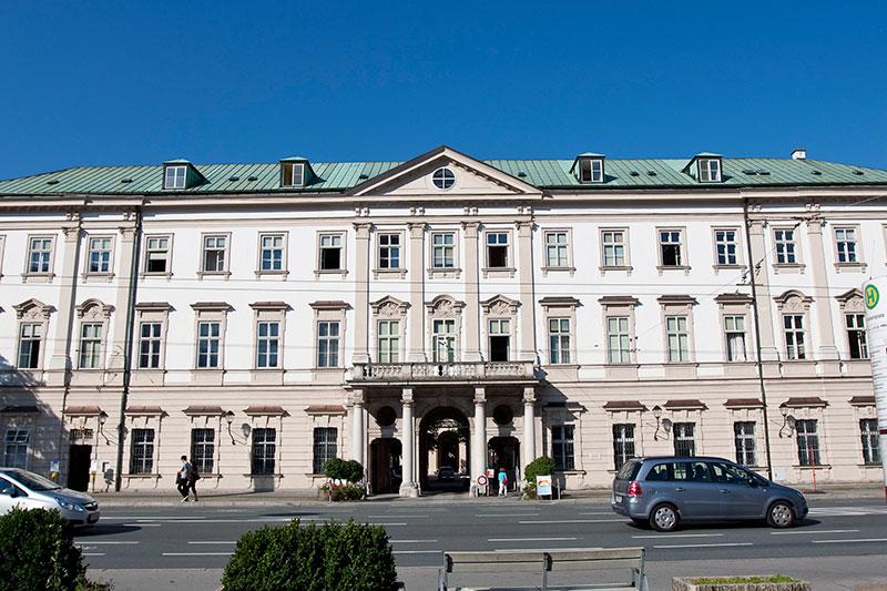 Schloss Mirabell in der Stadt Salzburg, Sitz der Salzburger Stadtregierung