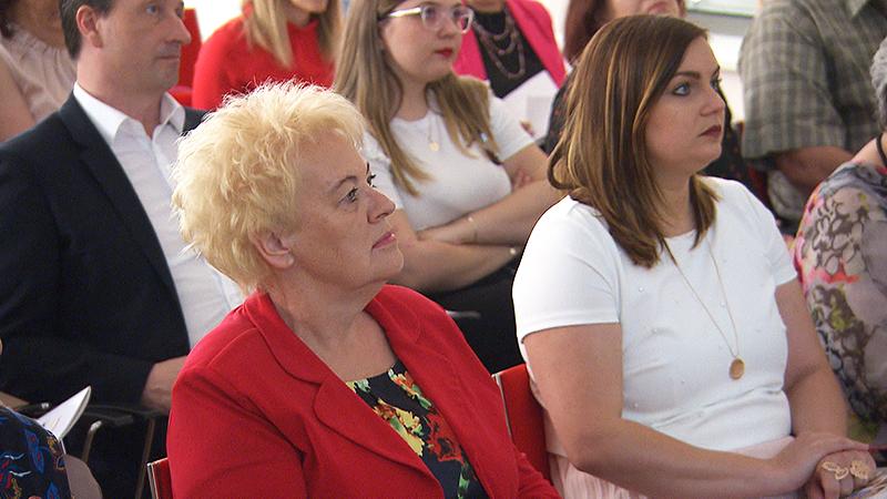 Verena Dunst und Astrid Eisenkopf