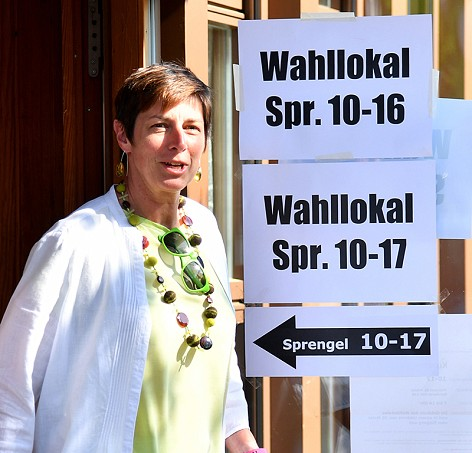 LHStv. und grüne Spitzenkandidatin Astrid Rössler nach der Stimmabgabe in Salzburg-Maxglan