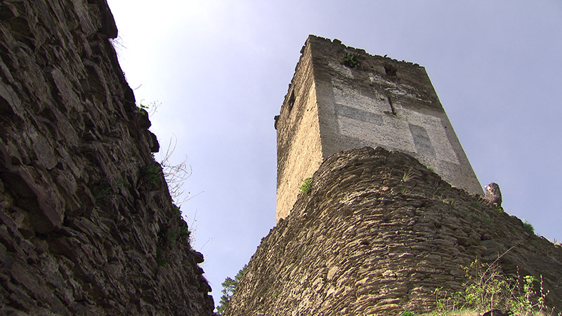 Weiterhin Streit Um Hakenkreuz Auf Turm Kaerntenorfat
