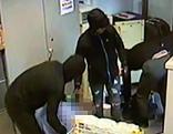 Bank beim Ott-Platz überfallen und Angestellter gefesselt