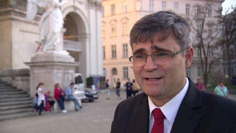 Festkonzert zum 100. Gründungstag der Tschechoslowakei in der Karlskirche in Wien < Botschafter der Slowakischen Republik in Wien  Peter Mišík