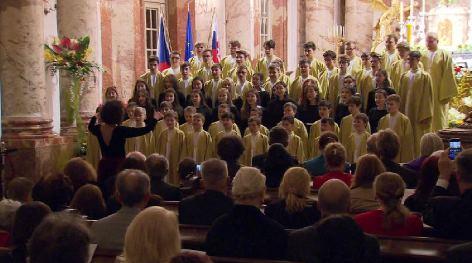 Festkonzert zum 100. Gründungstag der Tschechoslowakei in der Karlskirche in Wien | Chöre Boni Pueri und Cambiar la Musica