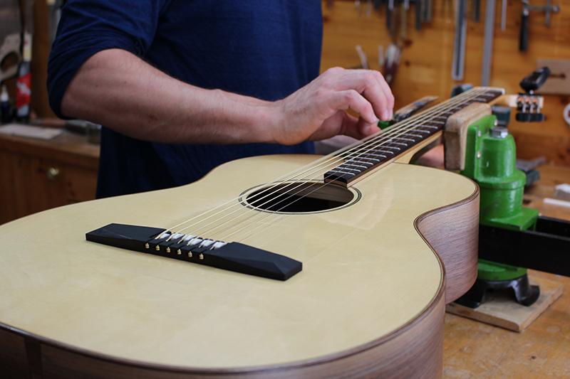 Neubau Bariton Gitarre von Christoph Seewald