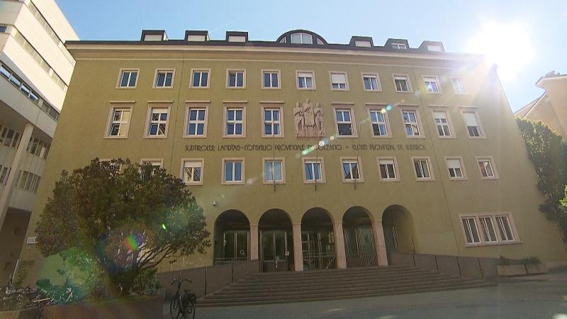 Südtiroler Landtag Gebäude