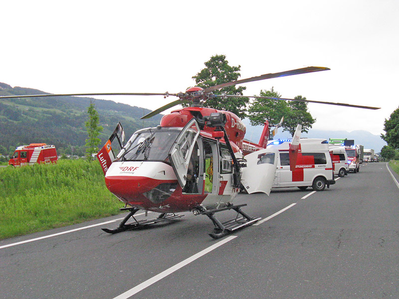 Unfall Frontaler Polizeiauto Pusarnitz Lurnfeld