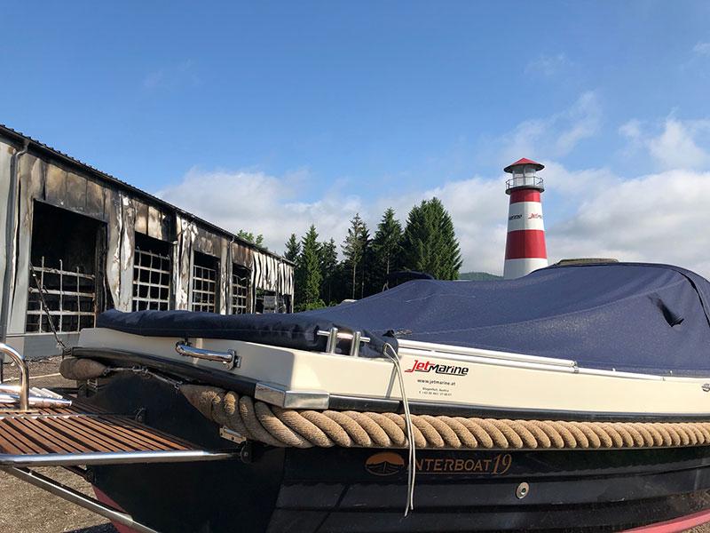 Schiffswerft Strau am Tag nach dem Brand