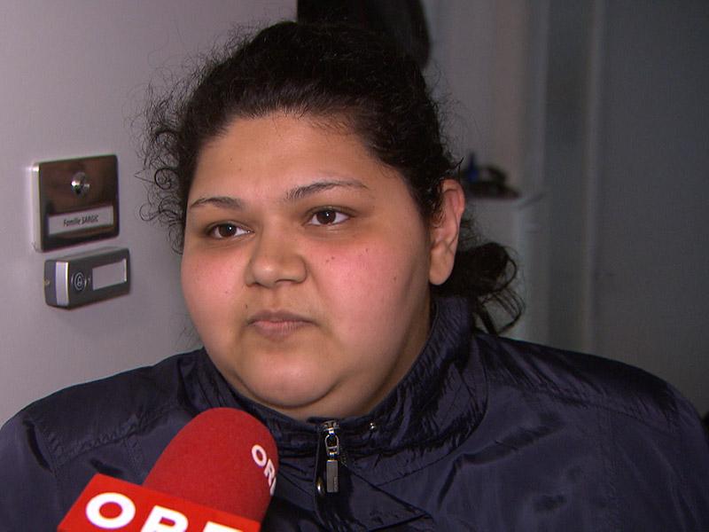 Frau im Interview