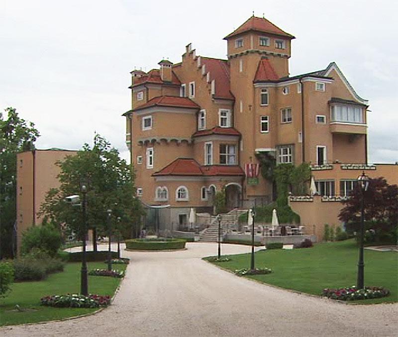 Schloss Mönchstein Mönchsberg