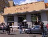 Polizisten am Tatort in Döbling