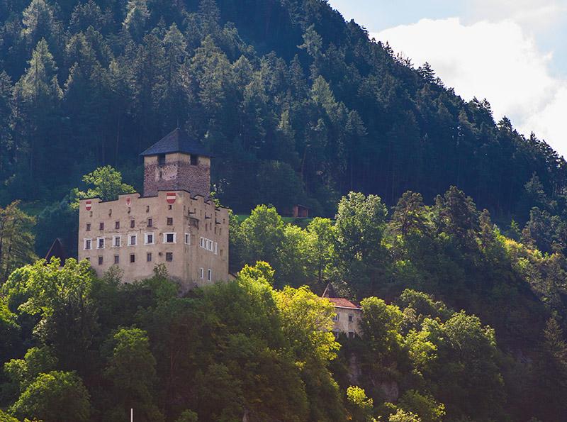 Schloss Landeck sofri