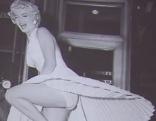 "Das berühmte Kleid aus dem Film ""Das verflixte 7. Jahr"""