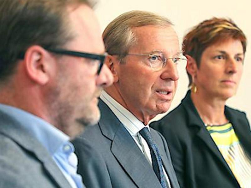 Koalitionspakt präsentiert