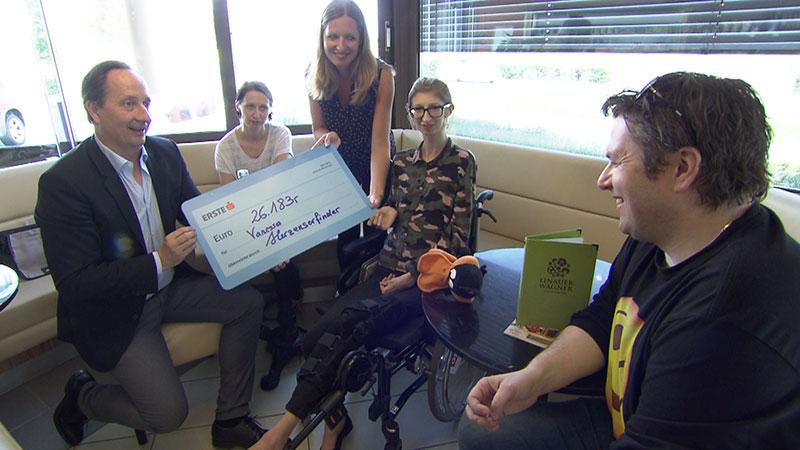 Hilfe für Vanessa: 26.000 Euro gesammelt, Vizebürgermeister Kovacs, Vanessa Spah