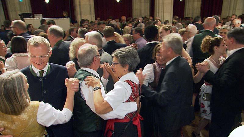 Viel Prominenz beim Oberösterreicherball in Wien