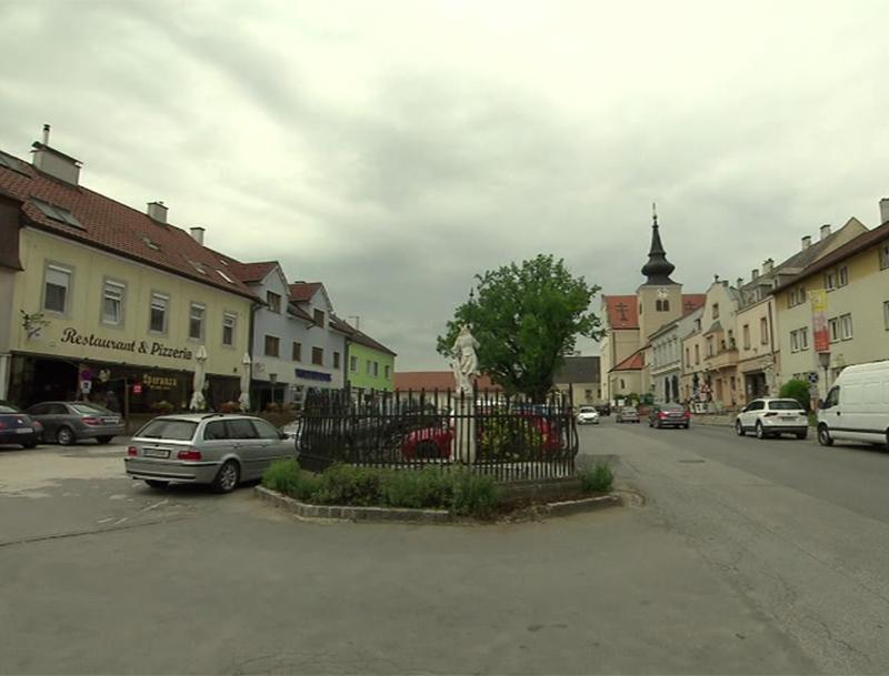Ernstbrunn Hauptplatz