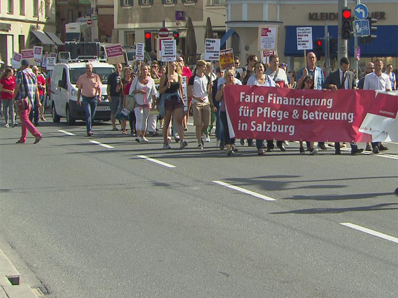 """Demo zur """"fairen Pflegefinanzierung"""""""